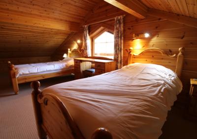 lodge-loft-bedrrom
